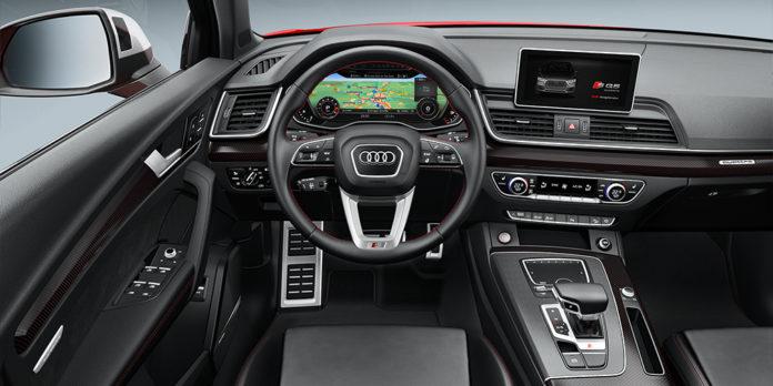 Новая заряженная версия кроссовера Audi SQ5 получила рублевый ценник