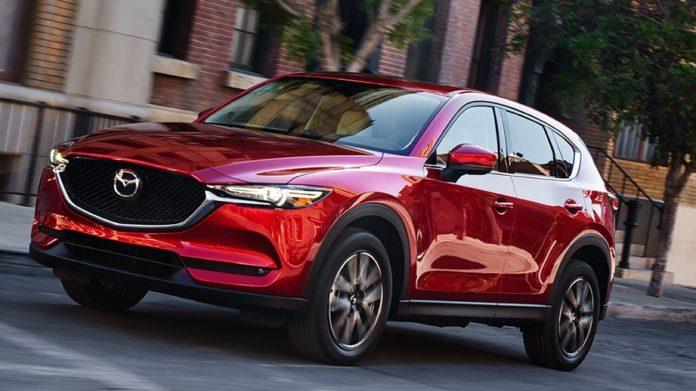 Кроссовер Mazda CX-5 новой генерации: названы цены и старт продаж в России