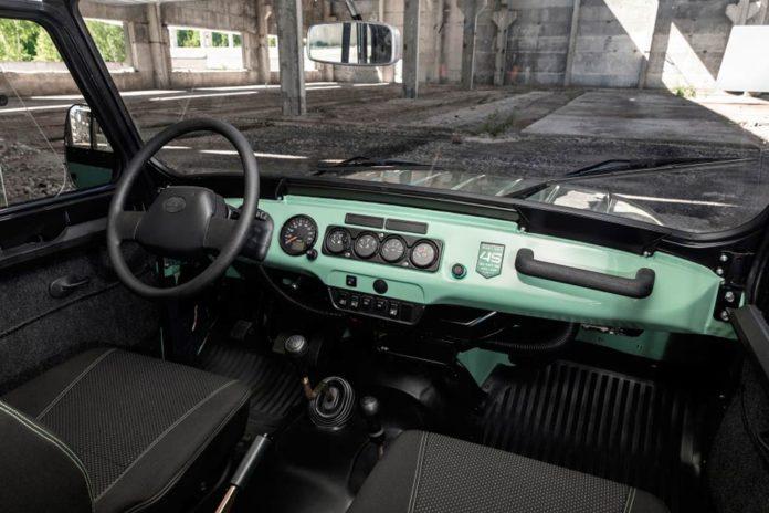 Ульяновские автостроители подготовили юбилейную версию культового внедорожника УАЗ Хантер
