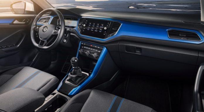 Volkswagen T-Roc: названы цены и объявлен предварительный заказ