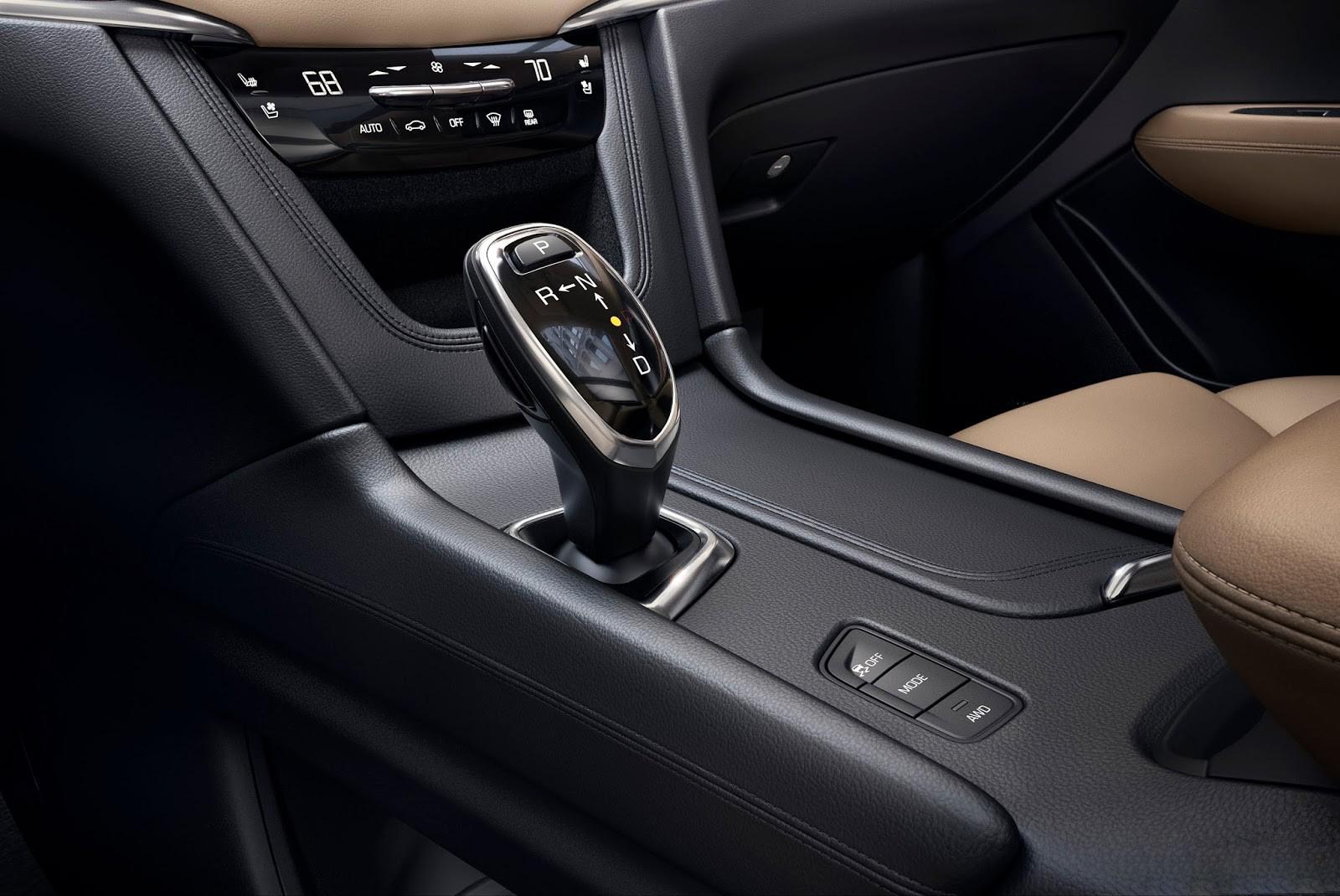 Cadillac ХТ3 2018