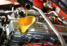 двигатель ест масло