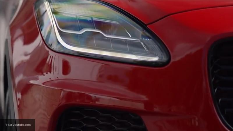 Флагманский кросс марки Jaguar E-Pace получил новую модификацию Checkered Flag