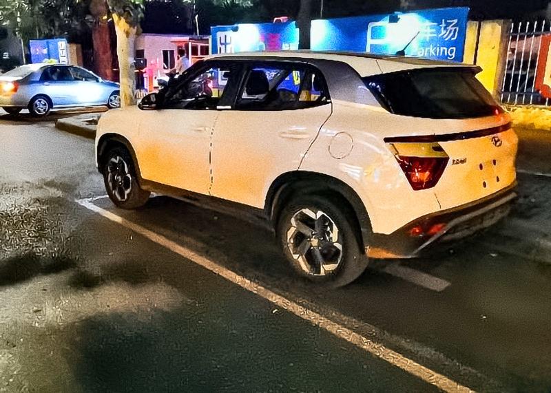 Внешность кроссовера Hyundai Creta нового поколения рассекречена фотошпионами
