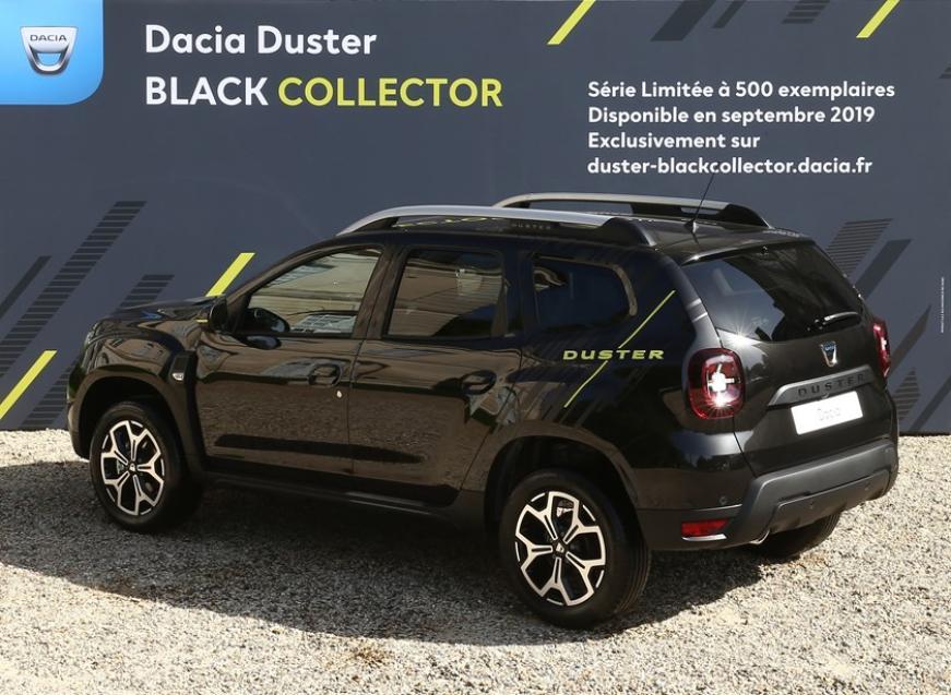 Renault выпускает на рынок лимитированную серию кроссов Duster Black Collector