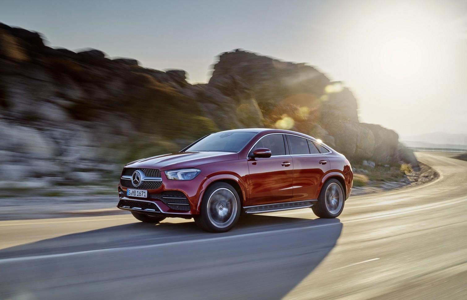 Немецкий бренд официально анонсировал дебют нового поколения кросса Mercedes-Benz GLE Coupe
