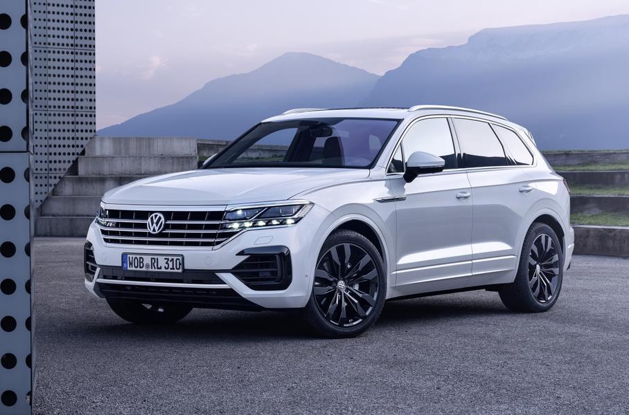 Volkswagen Touareg: объявлены изменения в комплектациях и цены для российского рынка