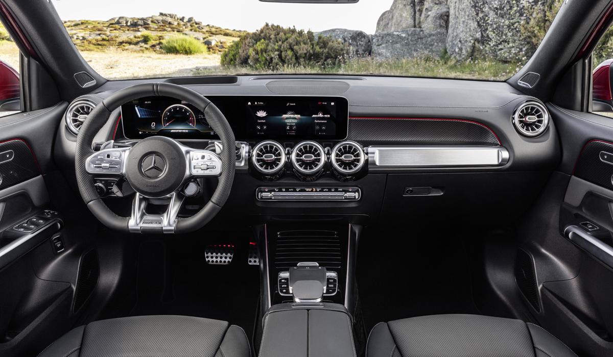 Кроссовер Mercedes-AMG GLB представлен в самой мощной модификации