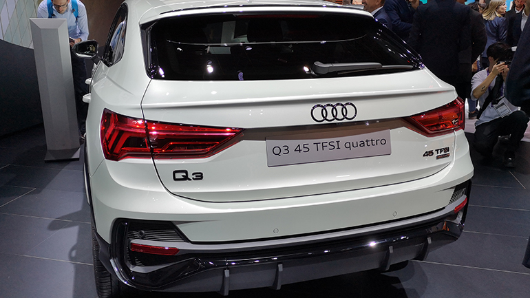 Компания Audi во Франкфурте показала новую модификацию кросса Q3 45 TFSI