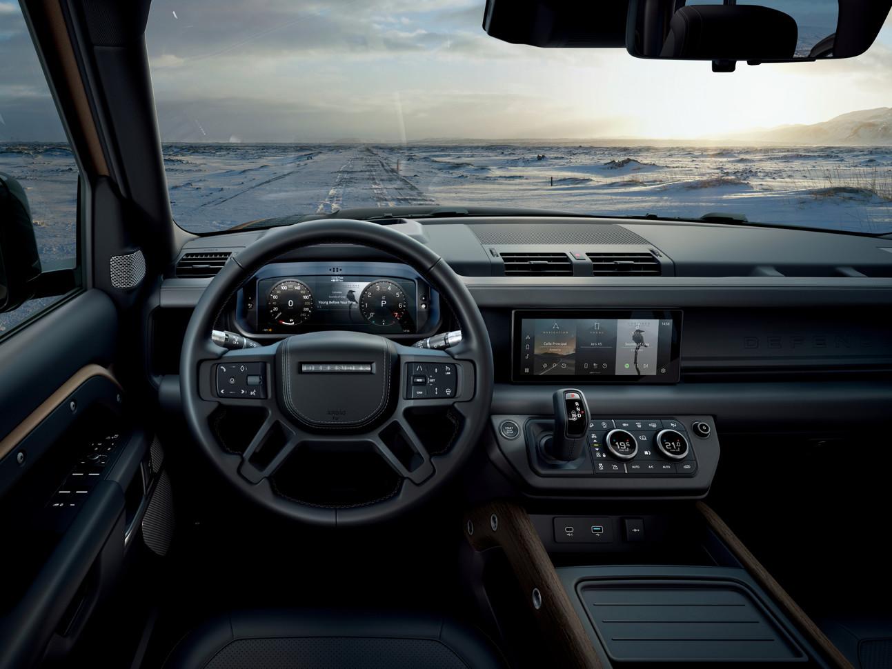 Новое поколение Land Rover Defender: внедорожник по современным лекалам