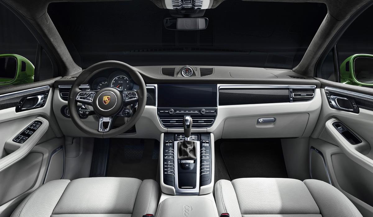 Представлен обновленный кросс Porsche Macan Turbo