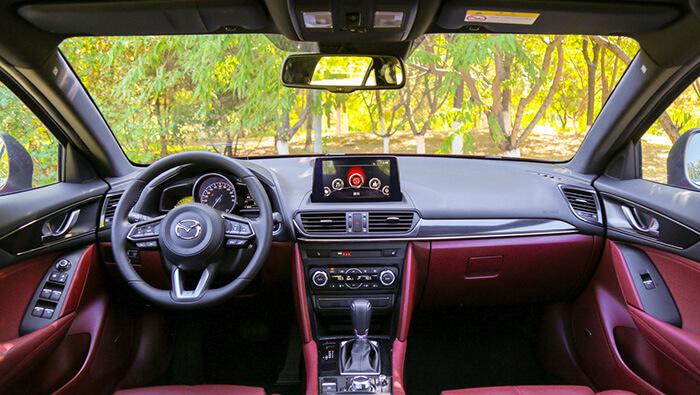 Кросс-купе Mazda CX-4 после рестайлинга стартовала с продажами в Поднебесной
