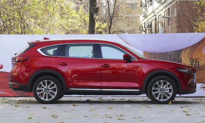 Начало продаж обновленного кросса Mazda CX-8 в Японии стартует через месяц