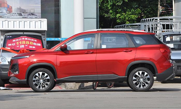 Обновленный кросс Baojun 530 стартует с продажами в Китае