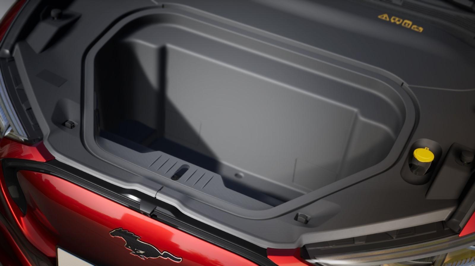 Ford представил первый электрокроссовер Mustang Mach-E