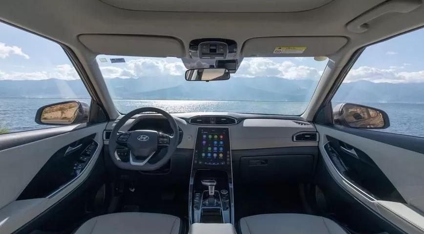 В Китае стартовали продажи кроссоверов Hyundai ix25(Creta) нового поколения