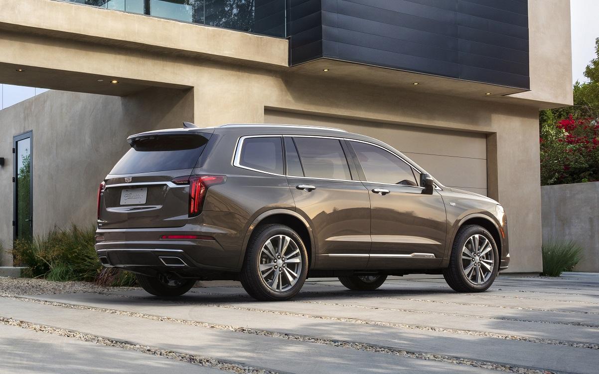 Новый кроссовер Cadillac XT6 в Россию доберется в марте 2020 года