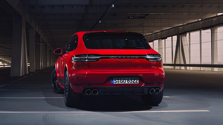 Porsche представил обновленный заряженный кросс Macan GTS