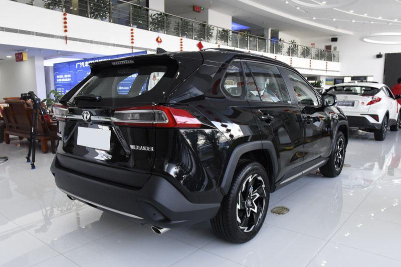 Toyota начинает прием заказов на новый кроссовер Wildlander