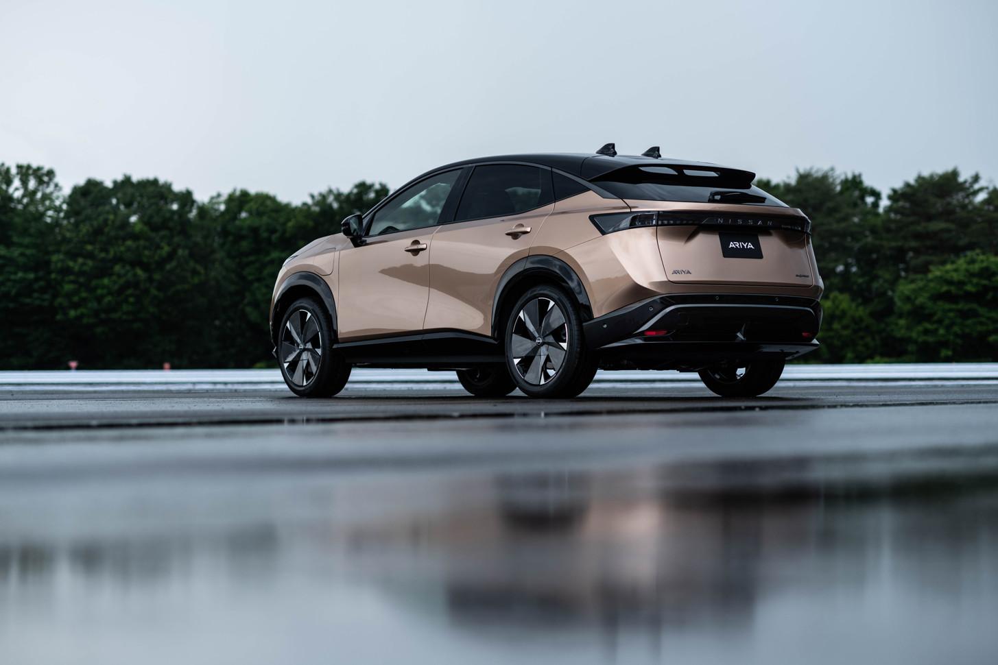 Состоялась мировая онлайн - премьера электрического кроссовера Nissan Ariya